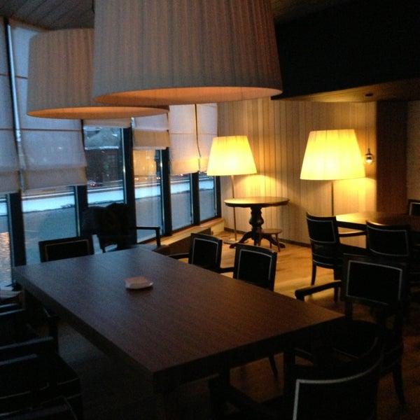Foto tirada no(a) Ресторан & Lounge «Река» por Ириша👼 em 2/8/2013