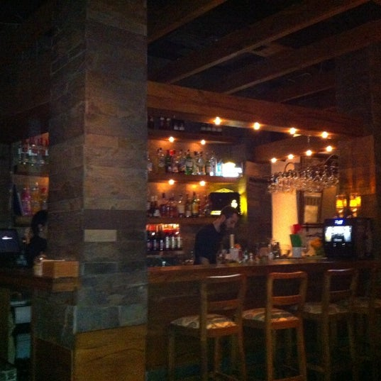 11/30/2012 tarihinde Cetin k.ziyaretçi tarafından Mica Restaurant & Bar'de çekilen fotoğraf