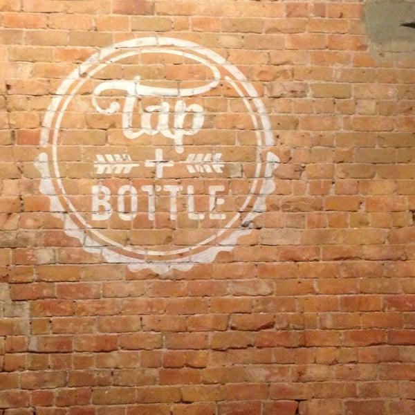 Снимок сделан в Tap & Bottle пользователем Duffy G. 6/26/2013