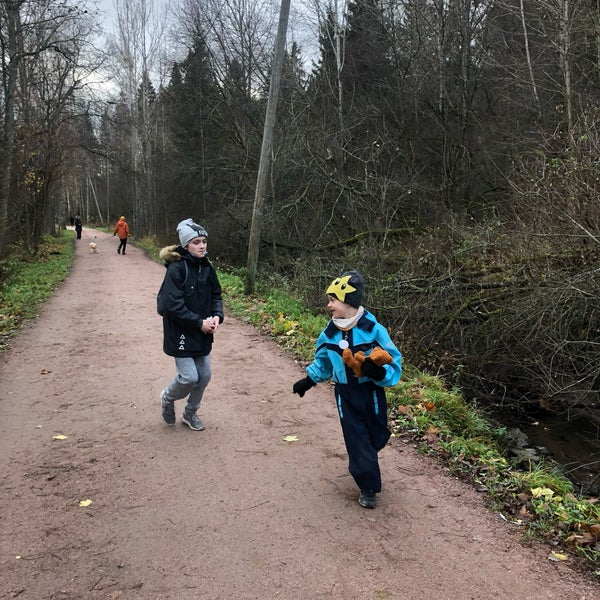 Das Foto wurde bei Pikkukosken uimaranta von Zhanna T. am 11/4/2018 aufgenommen