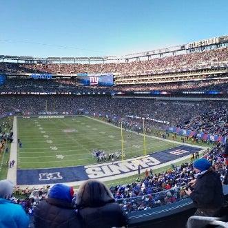 รูปภาพถ่ายที่ MetLife Stadium โดย Sam T. เมื่อ 12/30/2012