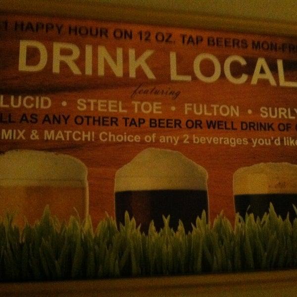 รูปภาพถ่ายที่ Park Tavern Bowling & Entertainment โดย Laure'n J. เมื่อ 12/28/2012