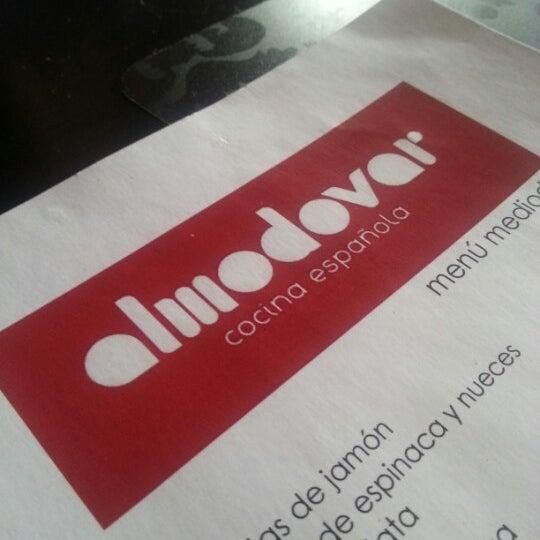 Foto tomada en Restaurante Almodovar por Murilo A. el 11/30/2012