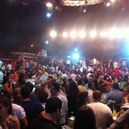 Foto scattata a White Beirut da Lina il 9/21/2012