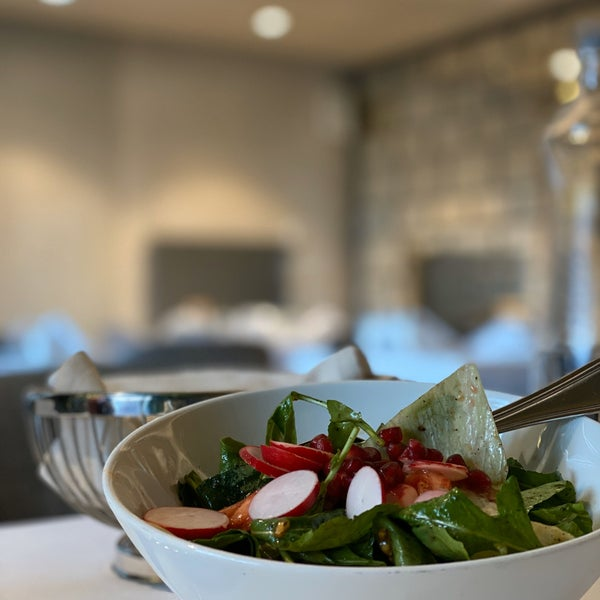 Photo prise au Seraf Restaurant par Rawad A. le2/21/2020