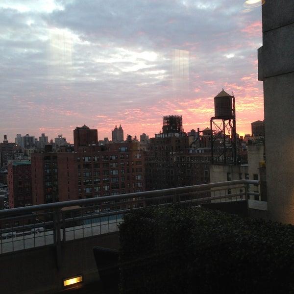 4/16/2013에 Alexey B.님이 NYLO New York City에서 찍은 사진