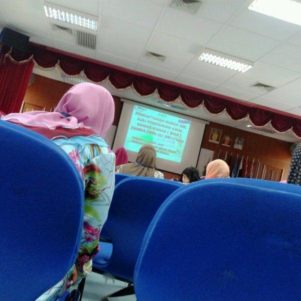 Fotos Em Pusat Latihan Kemas Kampung Bukit Baharu Melaka