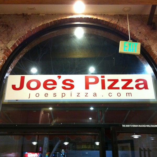 Photo prise au Joe's Pizza par Rick G. le1/14/2013