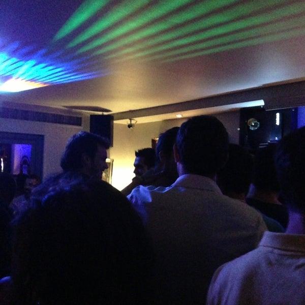 Foto tomada en Le Ghost Pub : Music Bar por Sang-hee S. el 7/12/2013