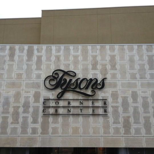 11/3/2012 tarihinde Atike U.ziyaretçi tarafından Tysons Corner Center'de çekilen fotoğraf