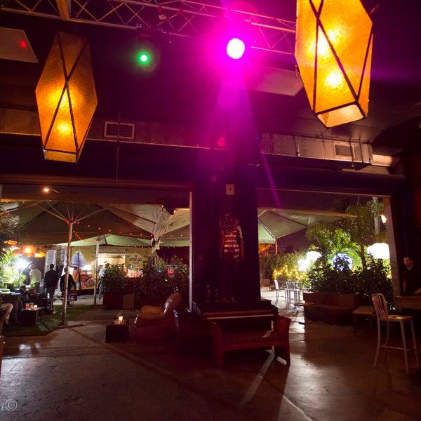 รูปภาพถ่ายที่ The Stage โดย The Stage เมื่อ 2/17/2014