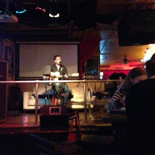 Foto tirada no(a) Bar Nine por Jorge G. em 6/7/2013