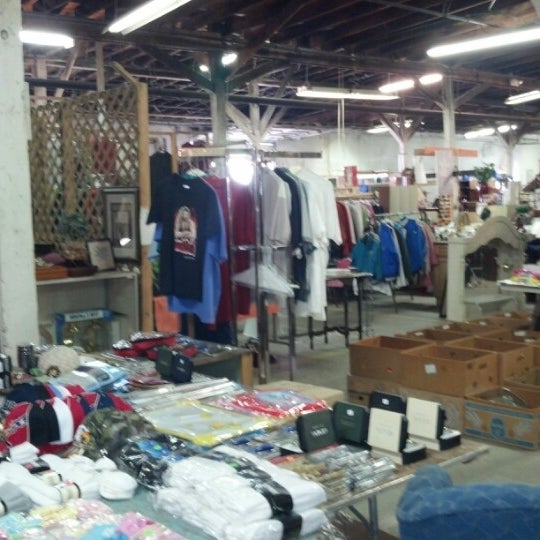Photos at Memphis Flea Market - 2 tips from 161 visitors
