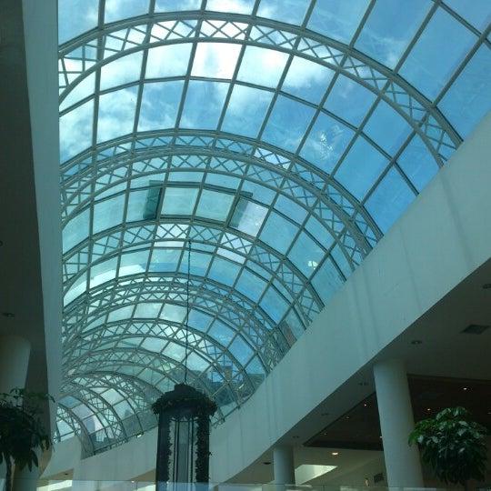 Foto diambil di Shopping Crystal oleh Alvaro R. pada 1/5/2013