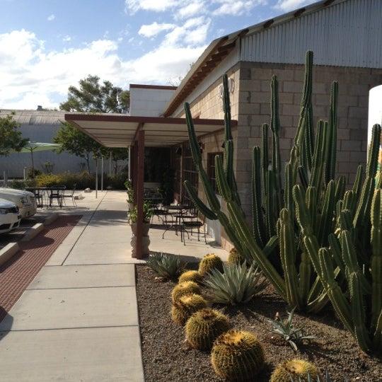 Das Foto wurde bei The Coffee Shop at Agritopia von John B. am 11/9/2012 aufgenommen