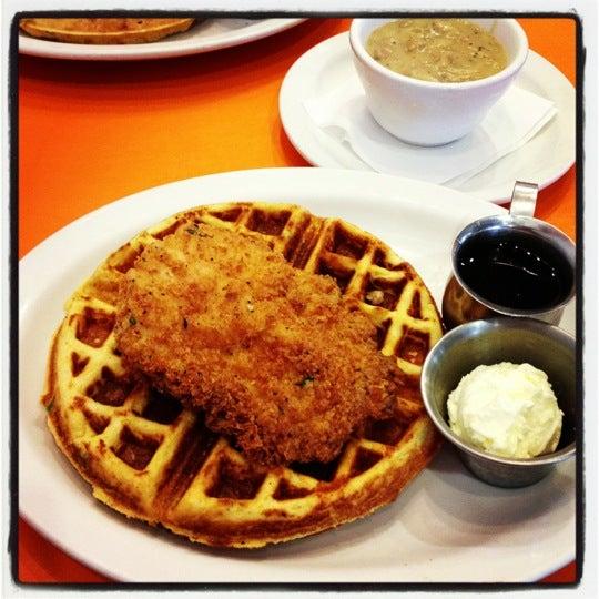 รูปภาพถ่ายที่ Jelly Cafe โดย Tran H. เมื่อ 9/28/2012