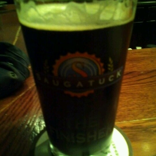 Снимок сделан в Saugatuck Brewing Company пользователем Seth B. 9/14/2012