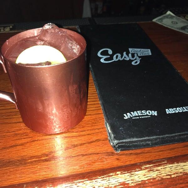 Foto diambil di Easy Bar oleh Debbie P. pada 6/23/2018