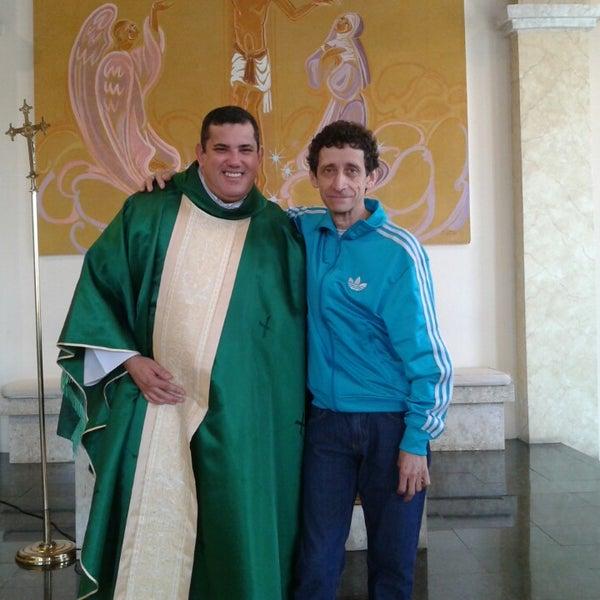 9/1/2013 tarihinde Miguel C.ziyaretçi tarafından Paróquia Santa Rita Cássia'de çekilen fotoğraf