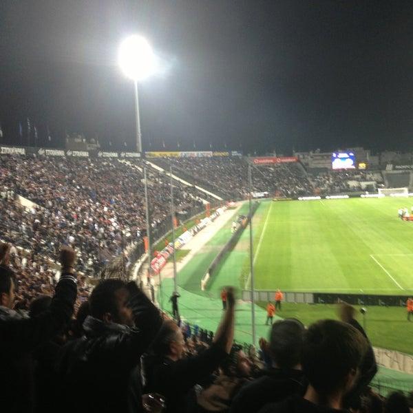 รูปภาพถ่ายที่ Toumba Stadium โดย Anestis👻 K. เมื่อ 10/24/2013