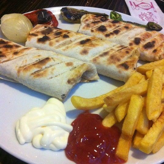 Das Foto wurde bei Miske Antep Mutfağı von Mahmut K. am 12/1/2012 aufgenommen