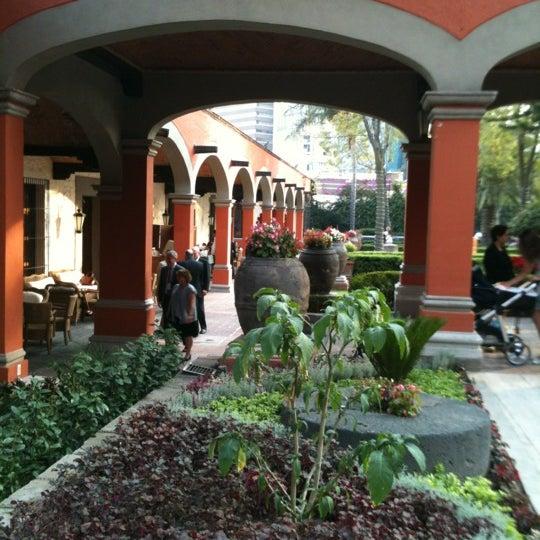 12/1/2012 tarihinde Marco G.ziyaretçi tarafından Hacienda de Los Morales'de çekilen fotoğraf
