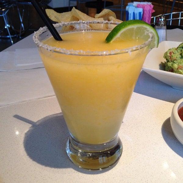 Foto tomada en Cantina Laredo por hooeyspewer .. el 11/29/2012
