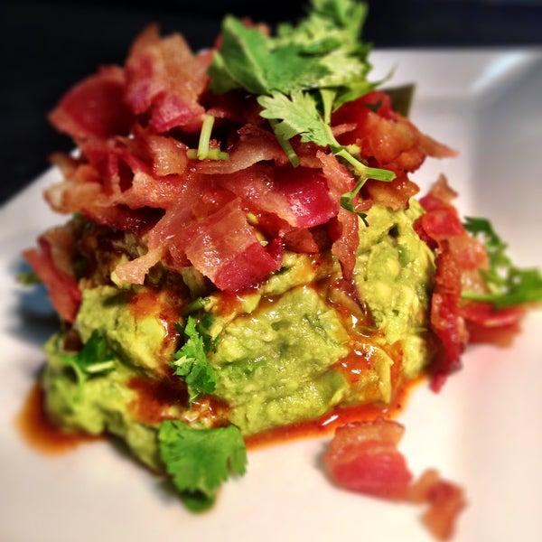 รูปภาพถ่ายที่ Paxia Alta Cocina Mexicana โดย Paxia Alta Cocina Mexicana เมื่อ 9/29/2013