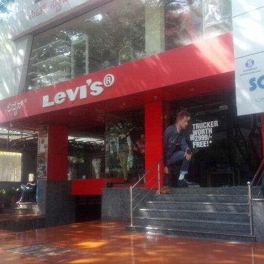 c69389e6f2 Photo taken at Levis New Bel Road by Sakshi S. on 10 28