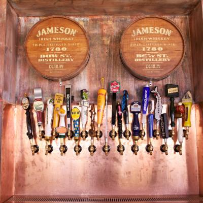 Foto diambil di Beer Authority NYC oleh Beer Authority NYC pada 4/10/2014