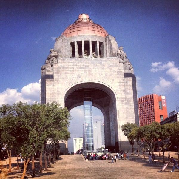 4/3/2013にKarime S.がMonumento a la Revolución Mexicanaで撮った写真
