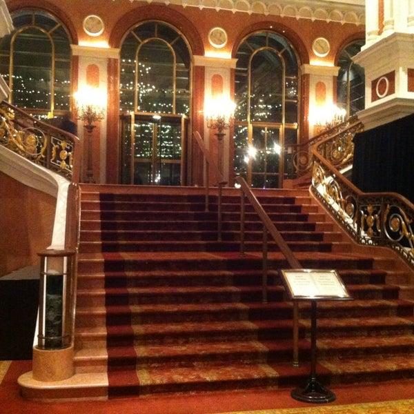 Foto scattata a Lotte New York Palace da Fe L. il 1/2/2013