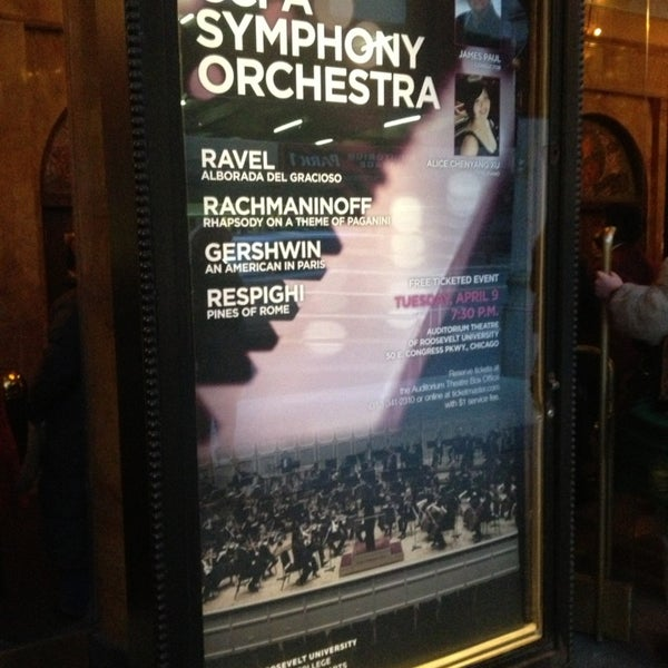 Foto diambil di Auditorium Theatre oleh Jason Javon M. pada 4/10/2013