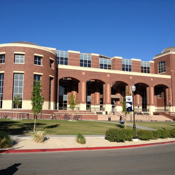 The front of the Mathewson-IGT Knowledge Center