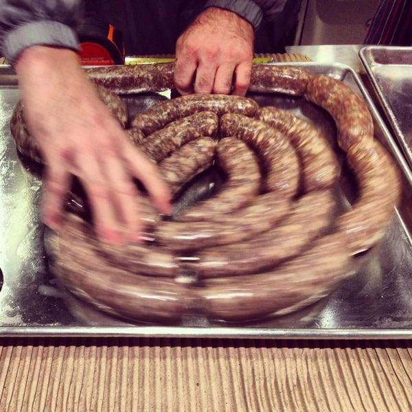 Foto tirada no(a) Urban Butcher por Megumi em 12/8/2013