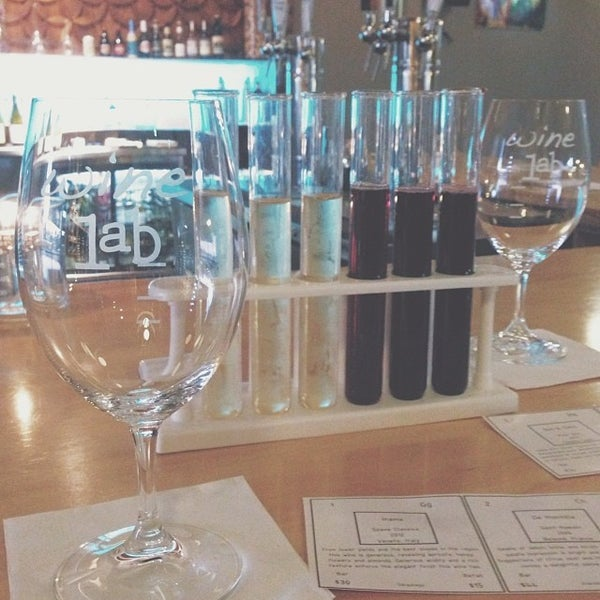 Foto diambil di Wine Lab oleh Jamilee pada 2/17/2014