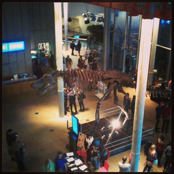 รูปภาพถ่ายที่ California Academy of Sciences โดย Joshua S. เมื่อ 2/1/2013