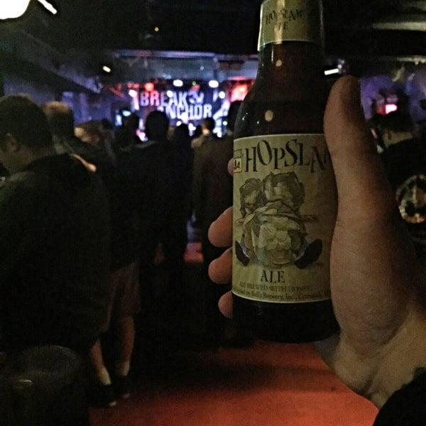 Foto scattata a Rock & Roll Hotel da Wes W. il 4/9/2015