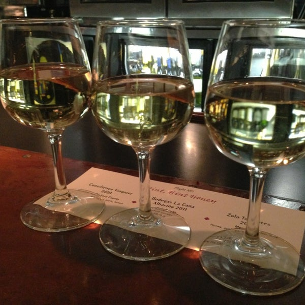 Remy S Kitchen Wine Bar 22 Tips From 774 Visitors