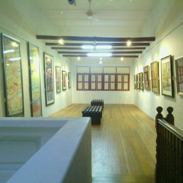D Exhibition Penang : Photos at batik painting museum penang art museum