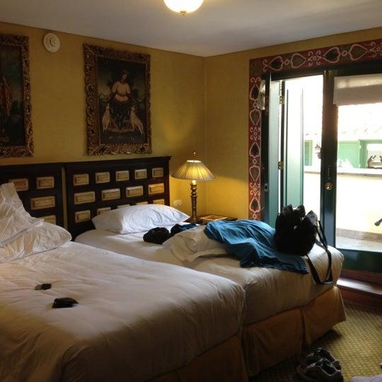 Foto diambil di Belmond Hotel Monasterio oleh Juanry D. pada 10/3/2012