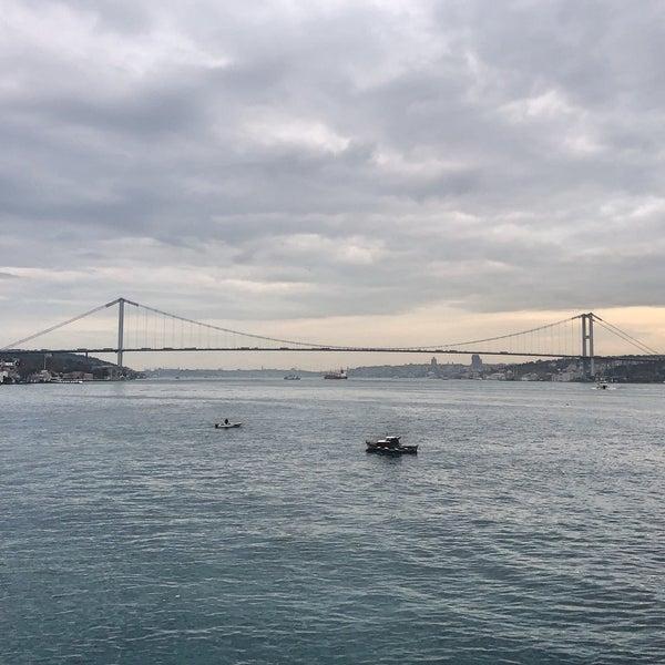 Foto diambil di İnci Bosphorus oleh Serkan C. pada 11/26/2019