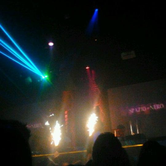 Photo prise au Spazio Nightclub par Zilya le9/23/2012