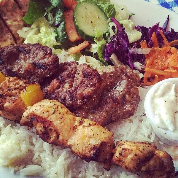 4/18/2014에 Mohammed A.님이 Anatolia Restaurant에서 찍은 사진