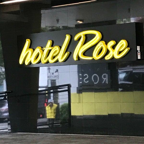 Das Foto wurde bei Hotel Rose von Stefani K. am 6/3/2017 aufgenommen