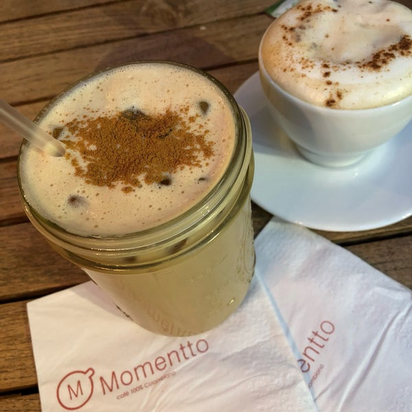 Foto tirada no(a) Momentto Café 100% Colombiano por Dorian J. em 5/25/2018