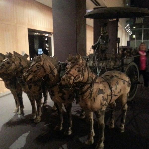 3/22/2013 tarihinde Tim B.ziyaretçi tarafından Asian Art Museum'de çekilen fotoğraf