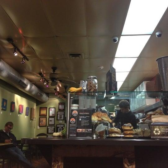 Foto diambil di On the Hill Cafe oleh Molly N. pada 10/26/2012