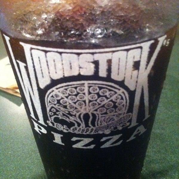 7/18/2013にLuis R.がWoodstock's Pizzaで撮った写真