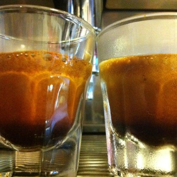 1/11/2013にAttila M.がTamp & Pull Espresso Barで撮った写真